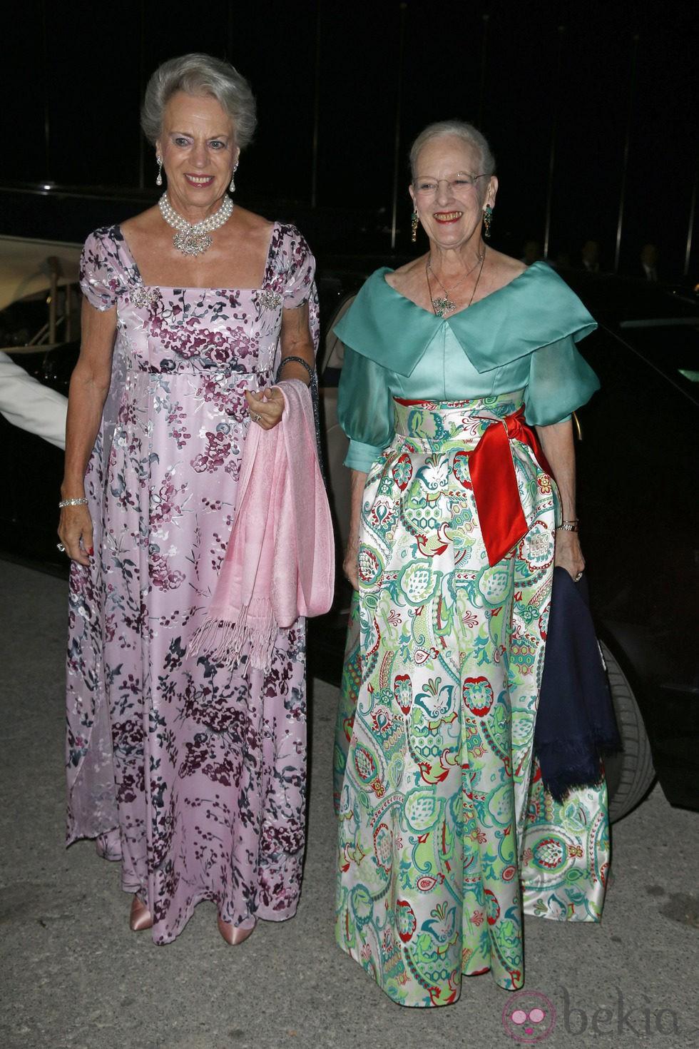 Benedicta y Margarita de Dinamarca en las Bodas de Oro de los Reyes de Grecia