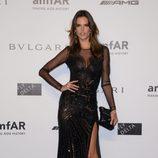 Alessandra Ambrosio en la cena benéfica de amfAR durante La Semana de la Moda de Milán 2014