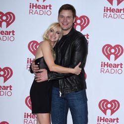 Anna Faris y Chris Pratt en el iHeartRadio Music Festival 2014