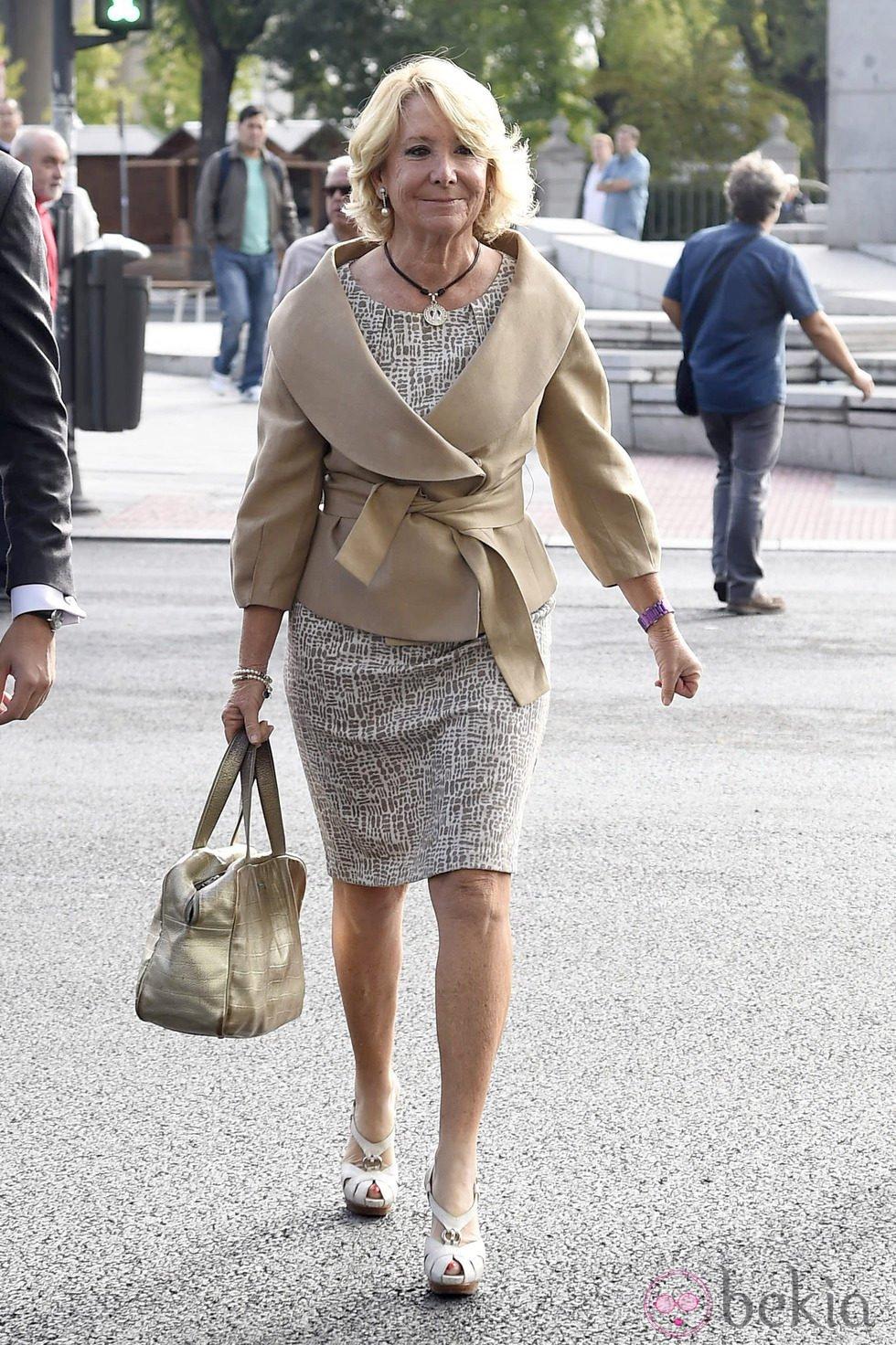 Esperanza Aguirre llegando a los Juzgados para declarar como imputada por desobediencia