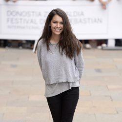 Claudia Traisac llegando al Festival de San Sebastián 2014