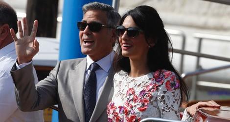 El recién casado George Clooney junto a Amal Alamuddin en Venecia