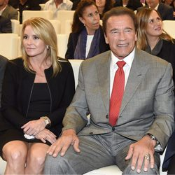 Arnold Schwarzenegger y Heather Milligan