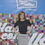 Sandra Barneda posando como presentadora de 'Hable con ellas'