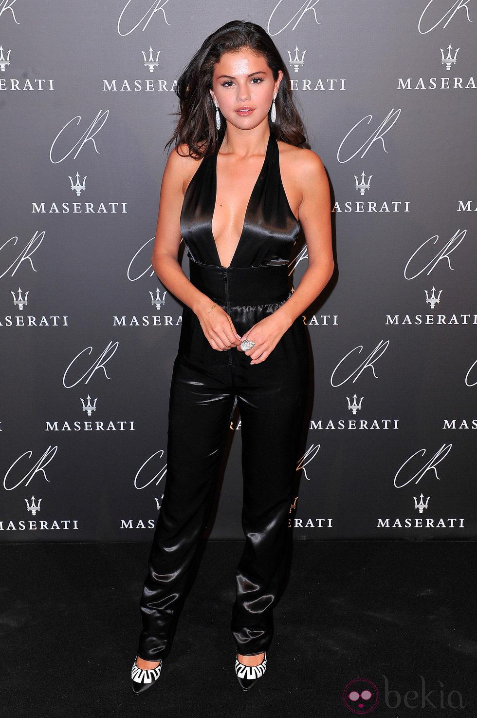 Selena Gomez en una fiesta organizada en el marco de la Paris Fashion Week