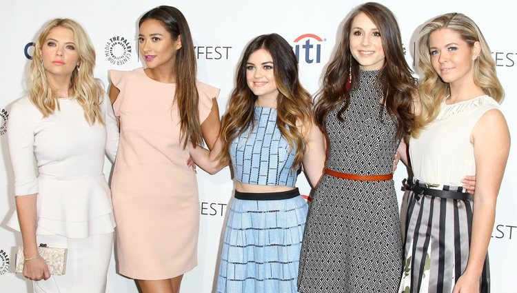 'Pretty Little Liars' en el Dolby Theatre de Hollywood