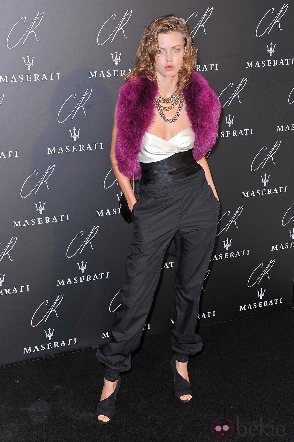 Lindsey Wixson en una fiesta organizada en el marco de la Paris Fashion Week