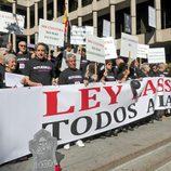 Juanjo Puigcorbe en la manifestación de actores contra la Ley Lasalle