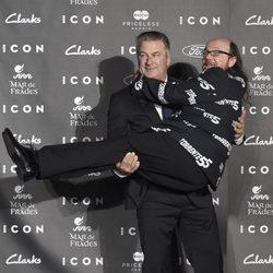 Alec Baldwin y Santiago Segura en los Premios Icon 2014