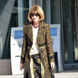 Anna Wintour en el desfile de Louis Vuitton en la Semana de la Moda de París primavera/verano 2015