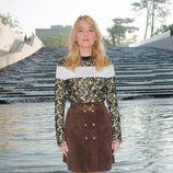Haley Bennett en el desfile de Louis Vuitton en la Semana de la Moda de París primavera/verano 2015