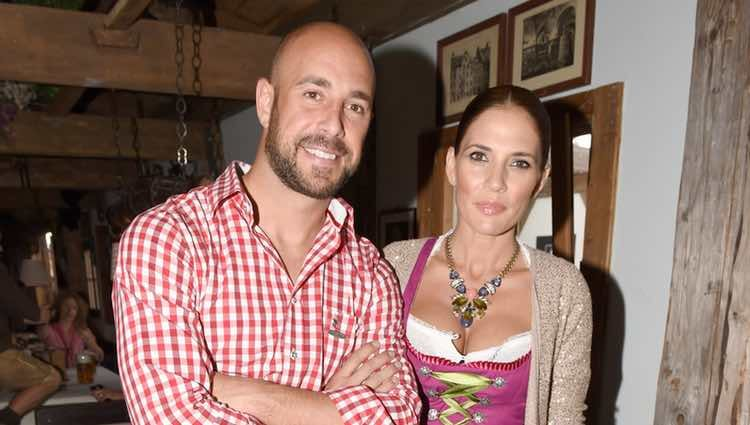 Pepe Reina y Yolanda Ruiz en la Oktoberfest 2014