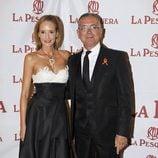 Juan Ramón Lucas y Sandra Ibarra en la entrega de los Premios La Pesquera 2014