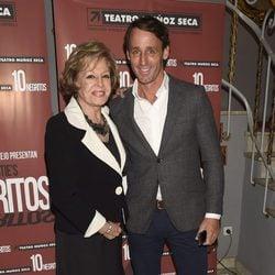 Laura Valenzuela y Álvaro Muñoz Escassi en el estreno de 'Diez Negritos'