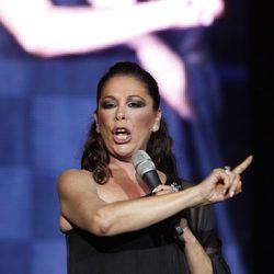 Isabel Pantoja disfruta del que podría ser su último concierto en Zaragoza antes de entrar en prisión