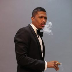 Nick Cannon posa en los Siren Studios de Hollywood