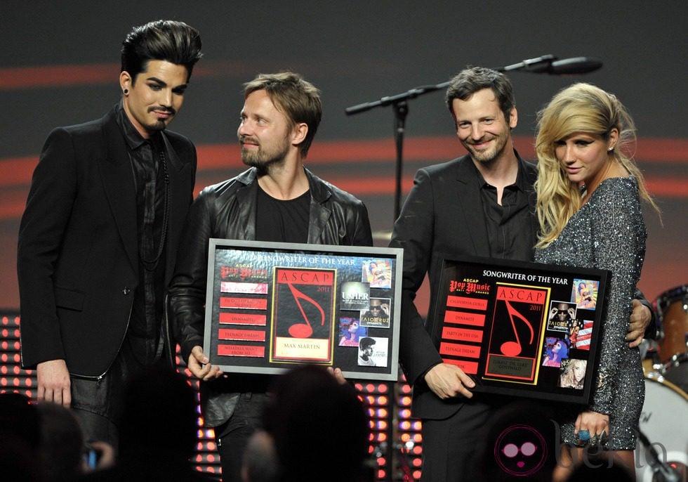 Adam Lambert, Max Martin, el Dr Luke y Ke$ha en los premios ASCAP 2011