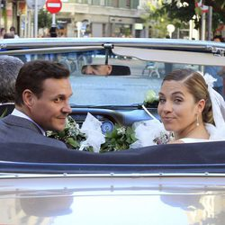 Leire Martínez y Jacobo Bustamante tras casarse en San Sebastián