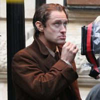 Jude Law en el rodaje de 'Genius'