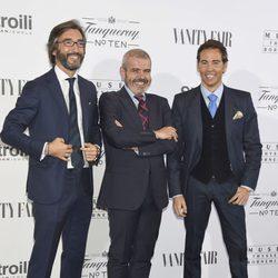 Iñaki Oyarzábal, Lorenzo Caprile y David Meca en la inauguración de la exposición Hubert de Givenchy en el Thyssen