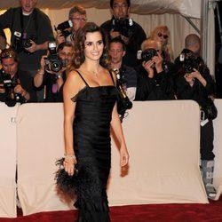 Penélope Cruz con un vestido de Oscar de la Renta en la Gala del Met