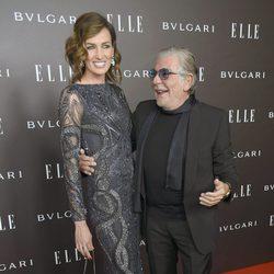 Nieves Álvarez y el diseñador Roberto Cavalli en los Elle Style Awards 2014