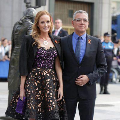Juan Ramón Lucas y Sandra Ibarra en los Premios Príncipe de Asturias 2014