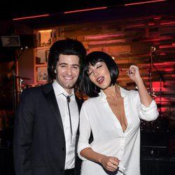 Matthew Morrison y Renee Puente en una fiesta de Halloween de Los Ángeles