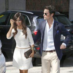 Marta González con su novio Curi Gallardo en la celebración de su 34 cumpleaños