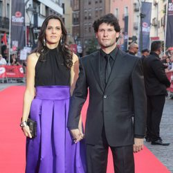 Antonio Zabálburu y su mujer en la clausura de la Seminci 2014