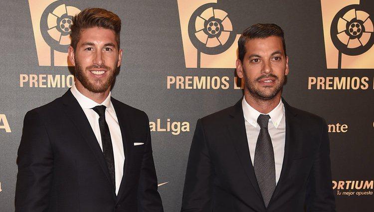 Sergio Ramos y René Ramos en la entrega de los Premios de la Liga de Fútbol Profesional 2014