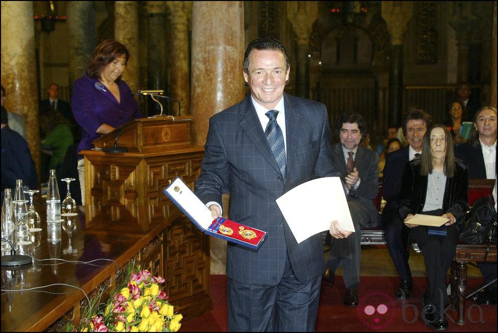 José María Manzanares recibe la Medalla de Oro de las Bellas Artes 2006