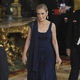 Cristina Cifuentes en la cena de gala de los Reyes Felipe y Letizia en honor a la Presidenta de Chile