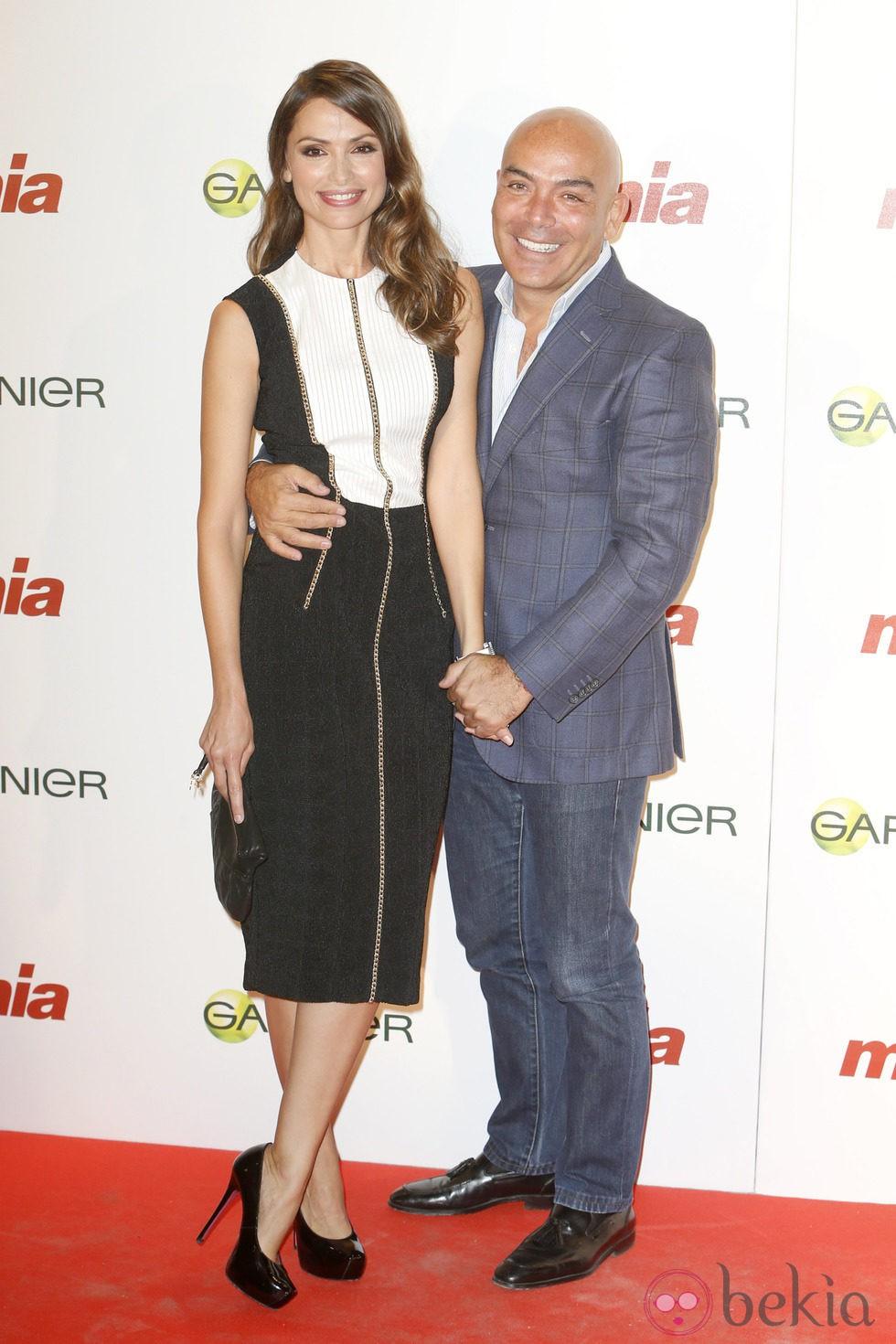 Almudena Fernández y Kike Sarasola en la entrega de los Premios Cuida de ti 2014