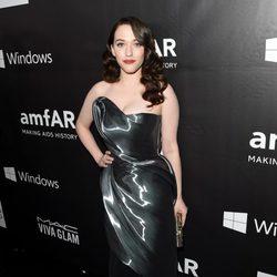 Kat Dennings en la 'AmfAR Inspiration Gala' 2014 en Hollywood