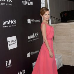 Camilla Belle en la 'AmfAR Inspiration Gala' 2014 en Hollywood