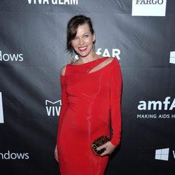 Milla Jovovich en la 'AmfAR Inspiration Gala' 2014 en Hollywood