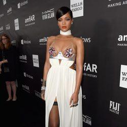 Rihanna en la 'AmfAR Inspiration Gala' 2014 en Hollywood