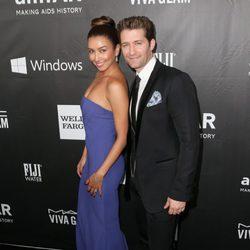 Renee Puente y Mathew Morrison en la 'AmfAR Inspiration Gala' 2014 en Hollywood