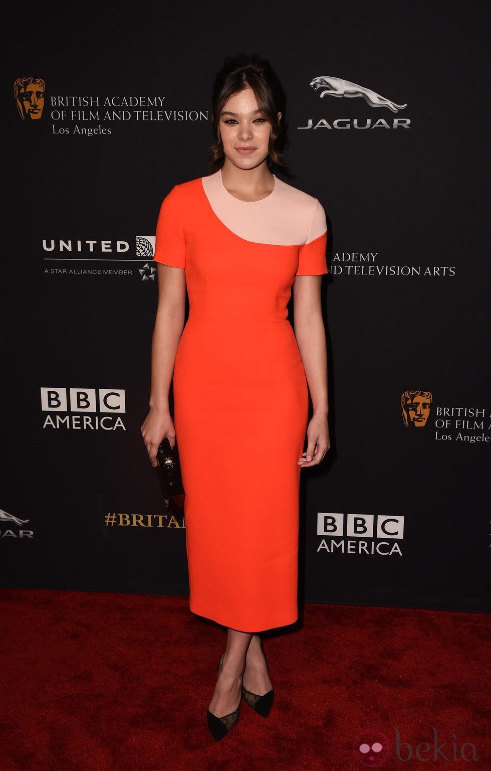 Hailee Steinfeld en la entrega de los Premios Bafta Britannia 2014