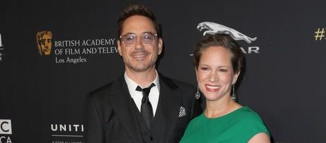 Robert Downey Jr. y su mujer Susan en la entrega de los Premios Bafta Britannia 2014