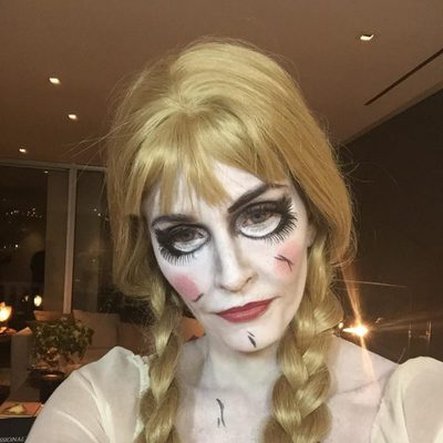 Courteney Cox disfrazada de Annabelle para Halloween 2014