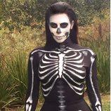 Kim Kardashian disfrazada de esqueleto en Halloween 2014