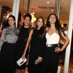 Verónica Sánchez, Patricia Pérez, Paula Echevarría y Mónica Estarreado en la inauguración de Dolores Promesas en París