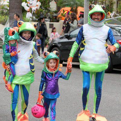 Alyson Hannygan disfruta en familia de Halloween 2014