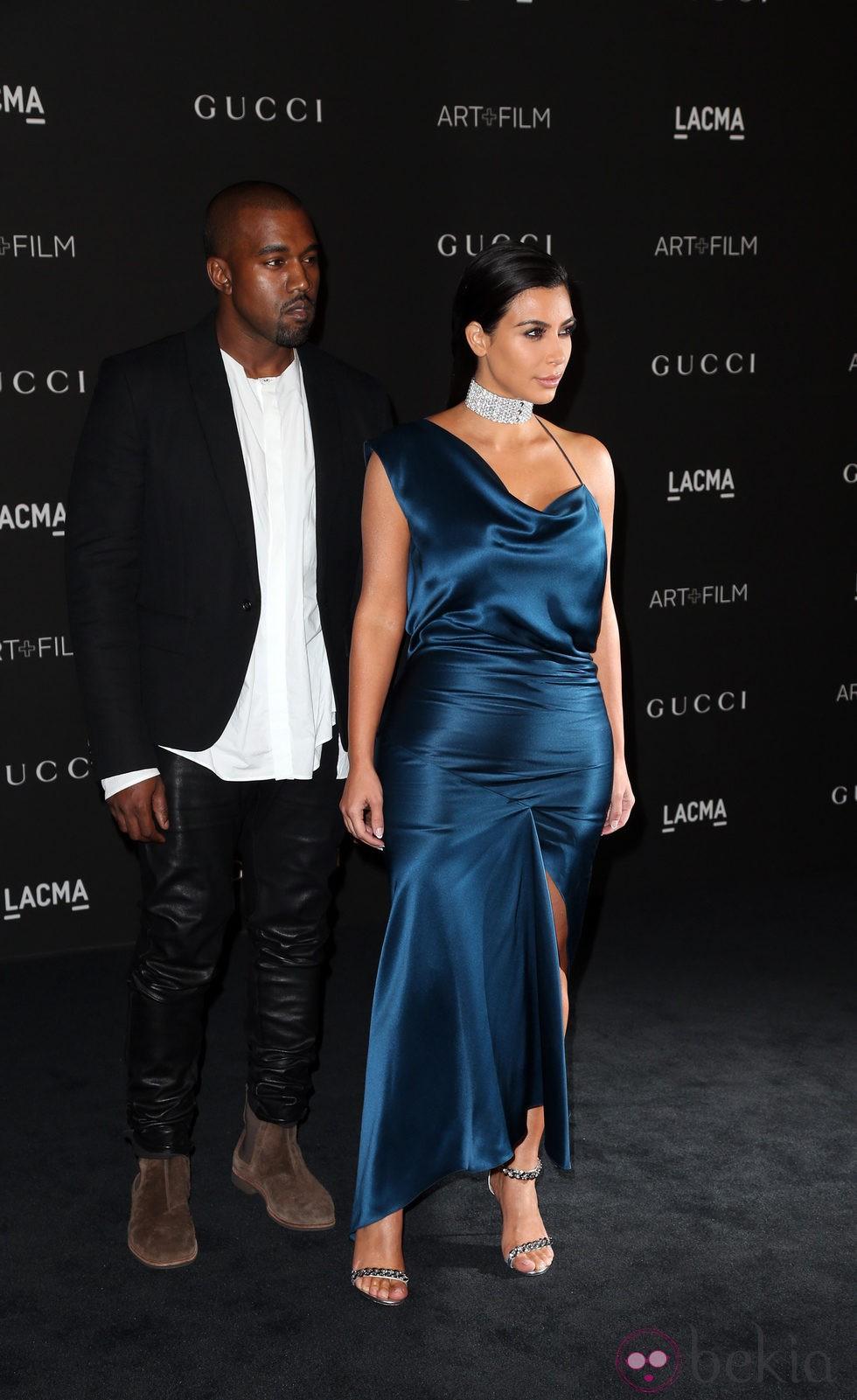 Kanye West y Kim Kardashian en la gala LACMA Art + FIlm 2014