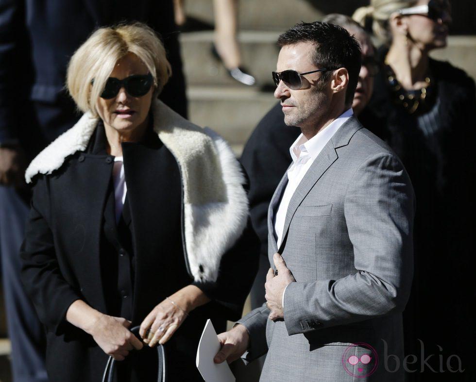 Hugh Jackman y Deborra-Lee Furness en el funeral de Oscar de la Renta en Nueva York