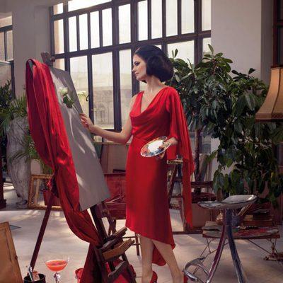 Eva Green convertida en pintora en el mes de noviembre del Calendario Campari 2015