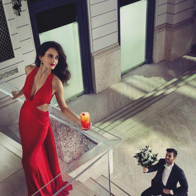 Eva Green con su amado en el mes de septiembre del Calendario Campari 2015