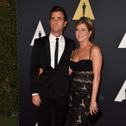 Jennifer Aniston y Justin Theroux en los 'Premios Governors' 2014